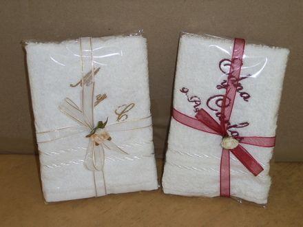 Recuerdos para boda en toallas imagui boda pinterest - Recuerdos de bodas para invitados ...