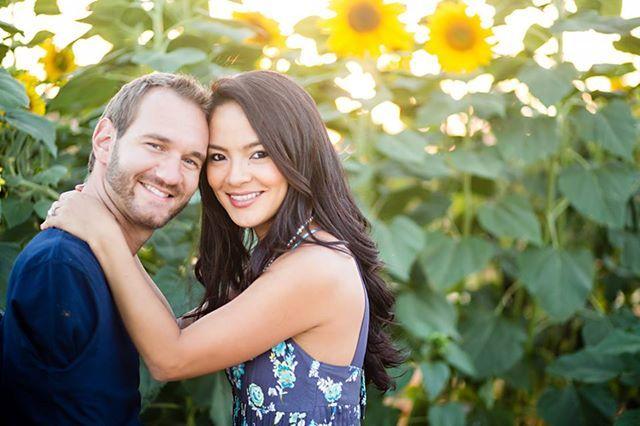 Nick Vujicic & wife Kanae. Love surpasses it all. Bless