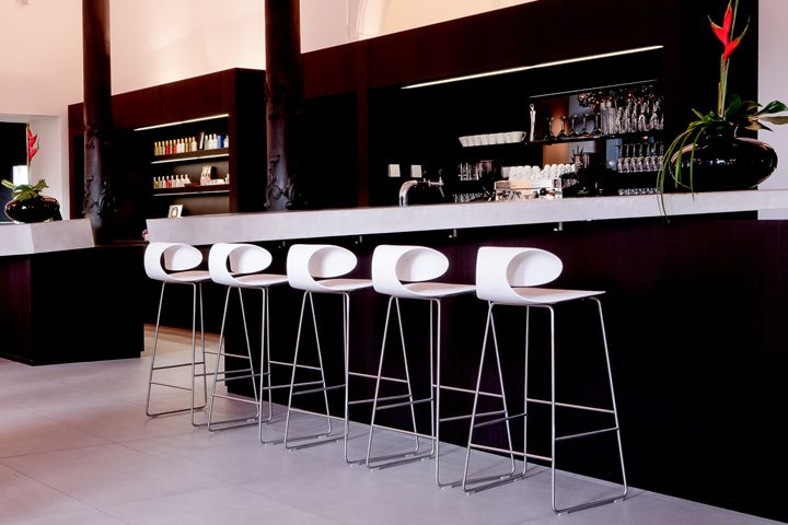 Aerni – Haar Kleid Bar Spa by Barmade Interior Design, Bern – Switzerland