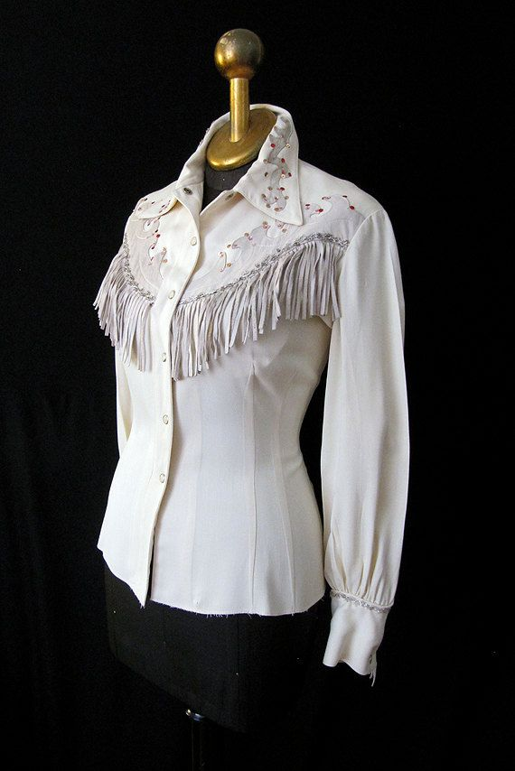 15f6cd96 1950's gabardine Western shirt with leather fringe and sequin embroidery
