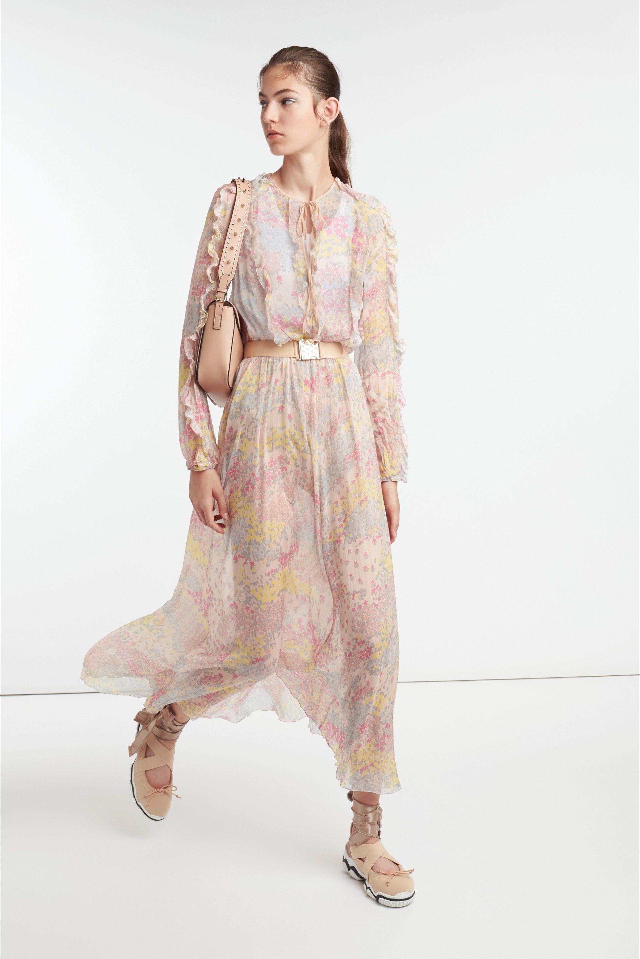 43a26539a743 Sfilata RED Valentino New York - Pre-collezioni Primavera Estate 2019 -  Vogue