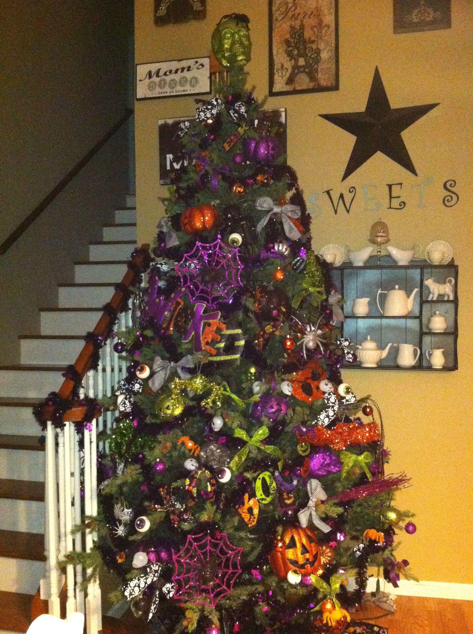 Nightmare before Christmas Halloween tree | Nightmare Before ...
