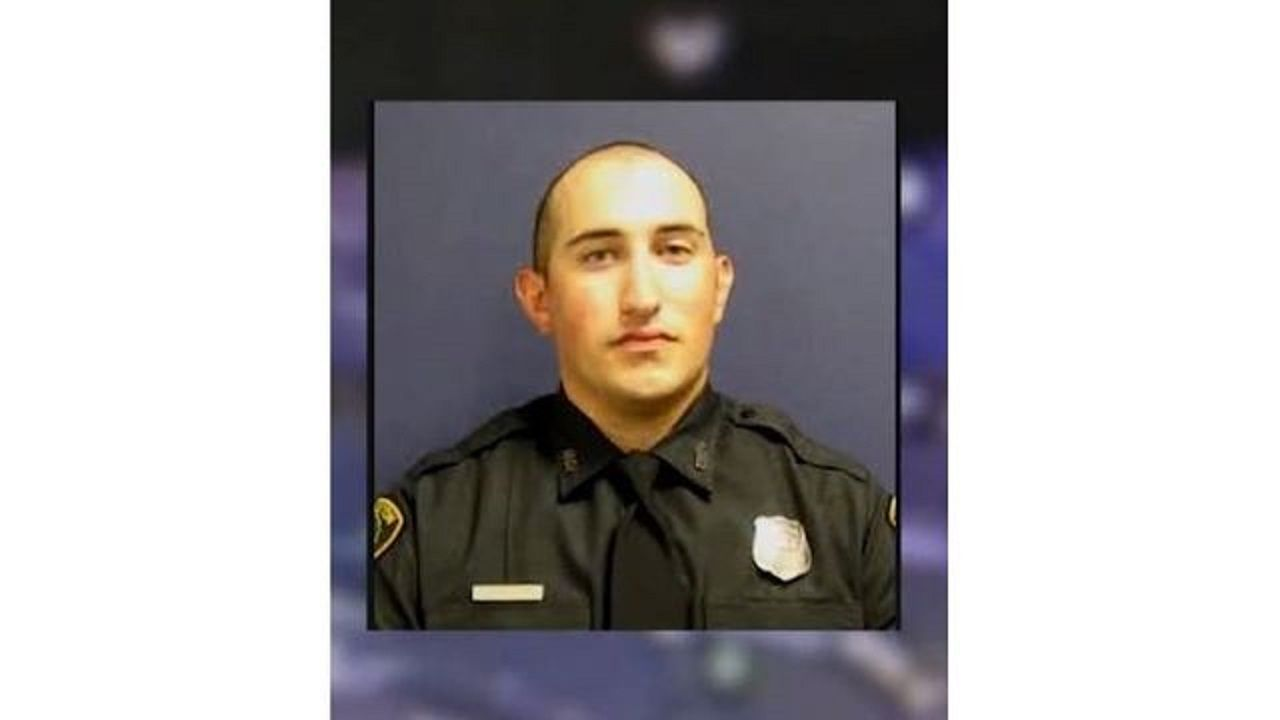 Police Officer Fighting For His Life After Severe Burns Suffered In Crash With Drunken Driver Authorities Say Severe Burns Police Officer Police