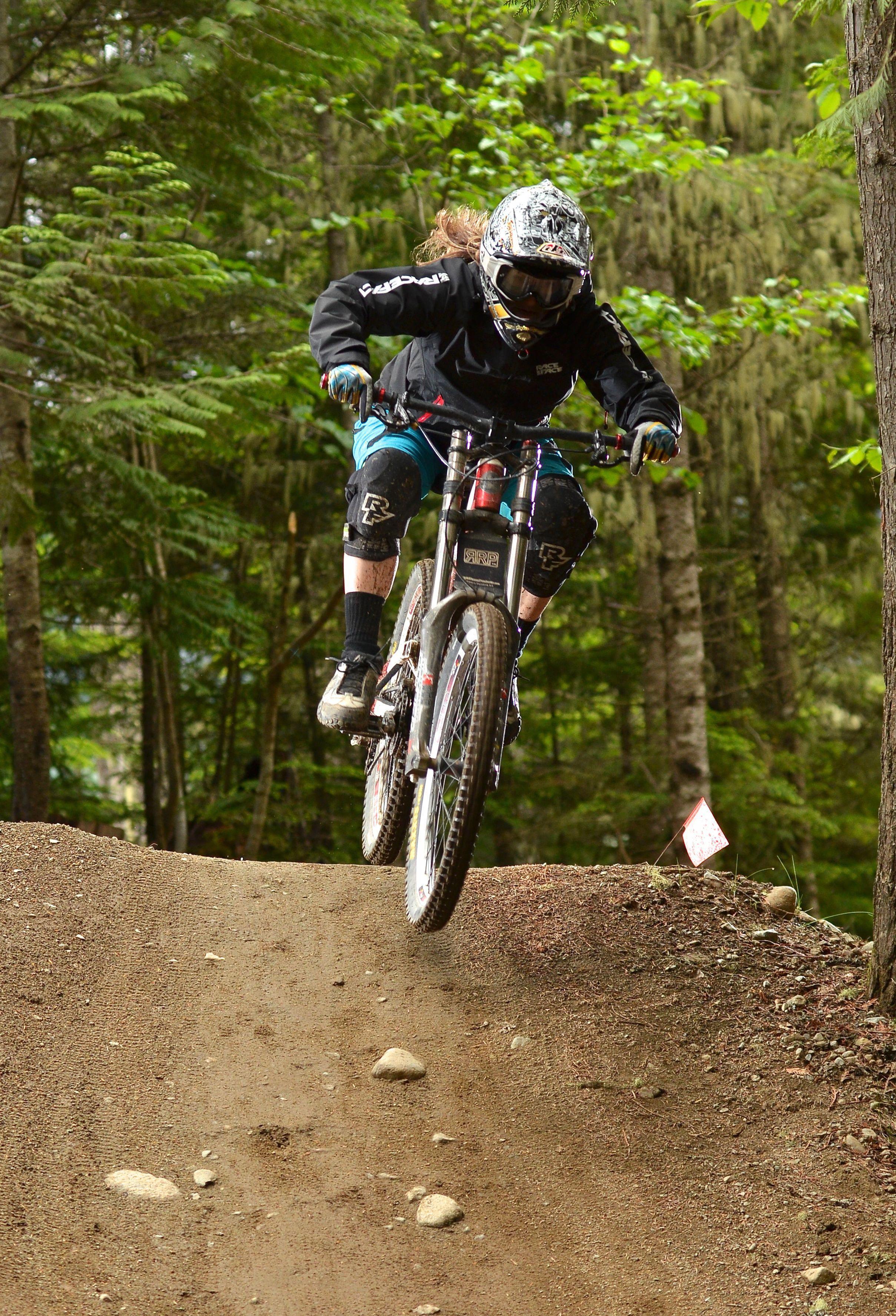 Best Accessories For Mountain Bike Mountain Biking Women
