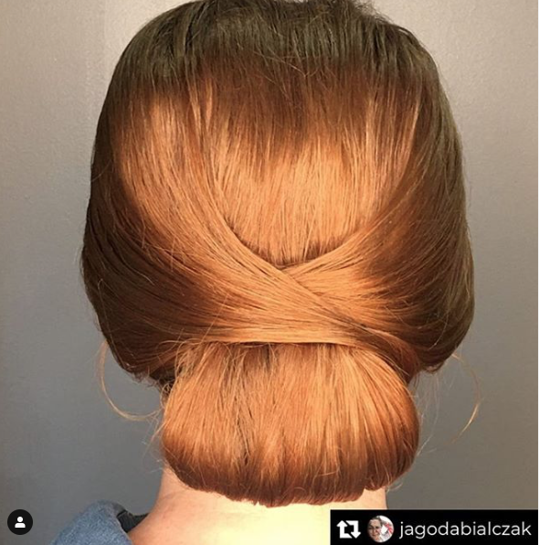 She's ready to bring in the New Year! 🤩 Styled by Jade! . . . . #chicagosalons #nye #happynewyear #2020 #updo #chicagostylists #hotd #hairgoals #style #modernsalon #igbeauty #eventhair #specialoccasion #ringinthenewyear