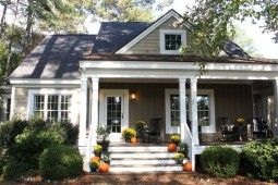 The House Talk Of The House Cottage Style Homes Southern Living House Plans Facade House