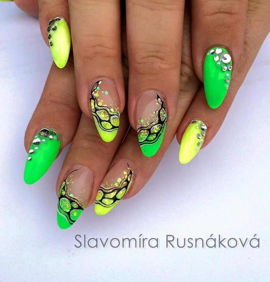 Selmi Rodríguez | 1 in 2019 | Neon nails, Summer nails, Neon nail ...