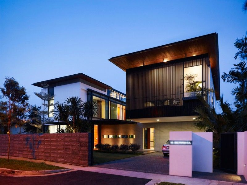 architectural designs for modern houses | green lawn, car ports