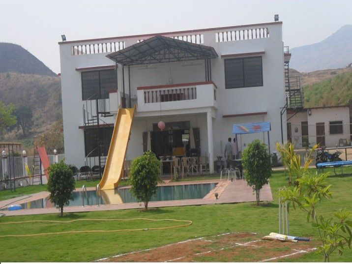 One Of The Best Weekend Destinations Near Mumbai, Pune. Book Farmhouse In  Karjat With Swimming Pool On Rent For 2 Days Picnic, One Day Trip Near  Mumbai,