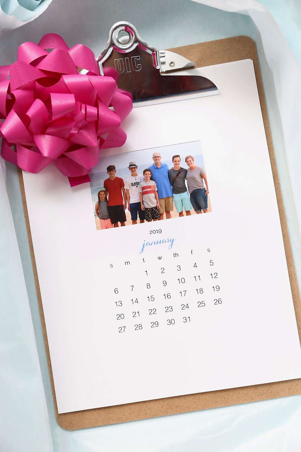 Make A Personalized 2020 Photo Calendar Free Templates It S Always Autumn Diy Calendar Photo Diy Gifts For Friends Homemade Advent Calendars