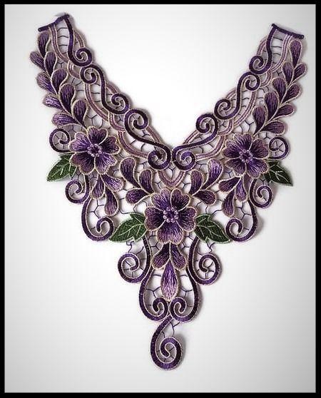 Faux col plastron à coudre en dentelle brodé violet, mauve fleurs - customisation - couture - tricot - embellissement - costume vénitien - fourniture mercerie.