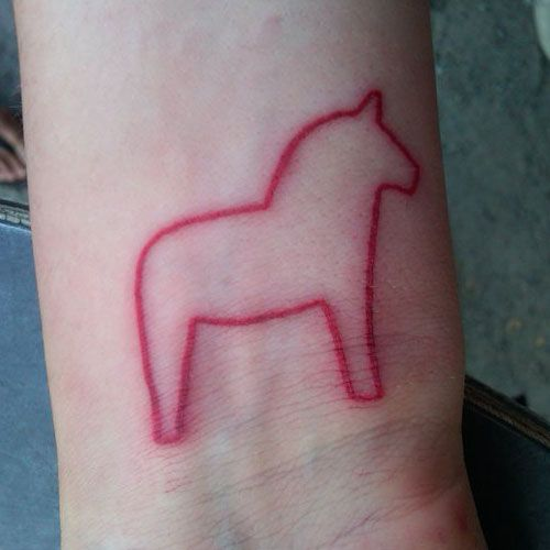 dala horse outline