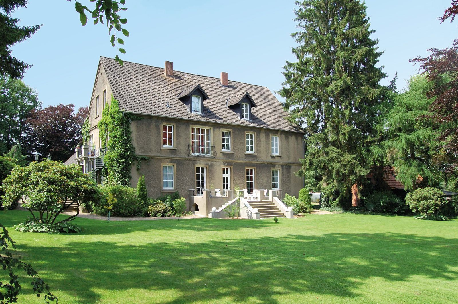 Pin von Jorewitz Immobilien IVD auf villa Immobilien
