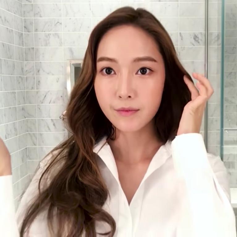 K Pop Star Jessica Jung Shares Her 16 Step Beauty Routine Kpop Beauty Tips Beauty Routines Jessica Jung