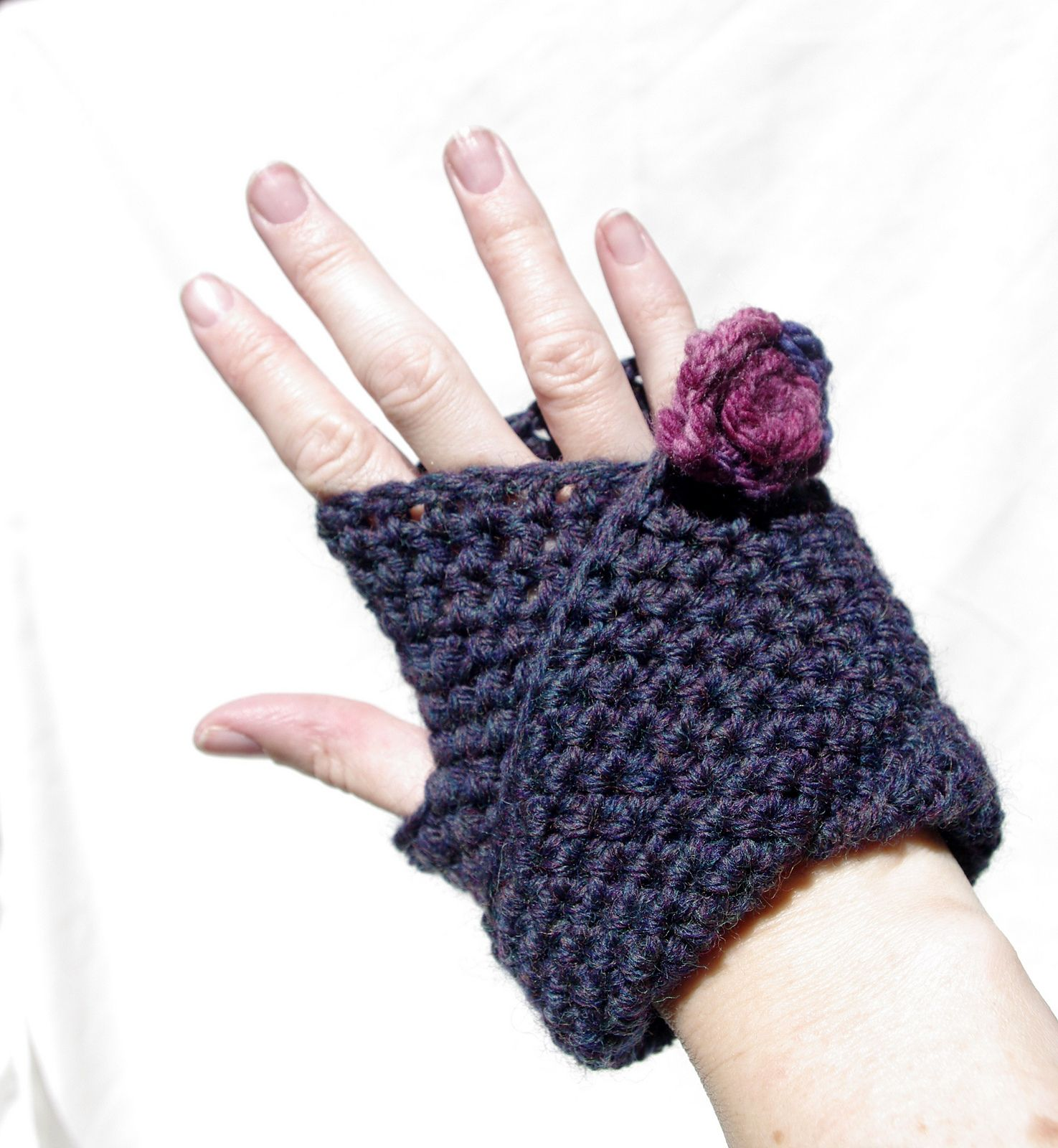 Ravelry mobius mitts v1 by nyss parkes free download at http ravelry mobius mitts pattern by nyss parkes bankloansurffo Gallery