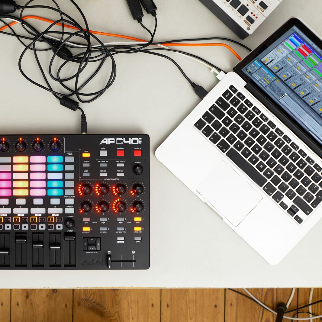 Ableton Live & Akai APC40 MKII  A perfect match for basic workflow