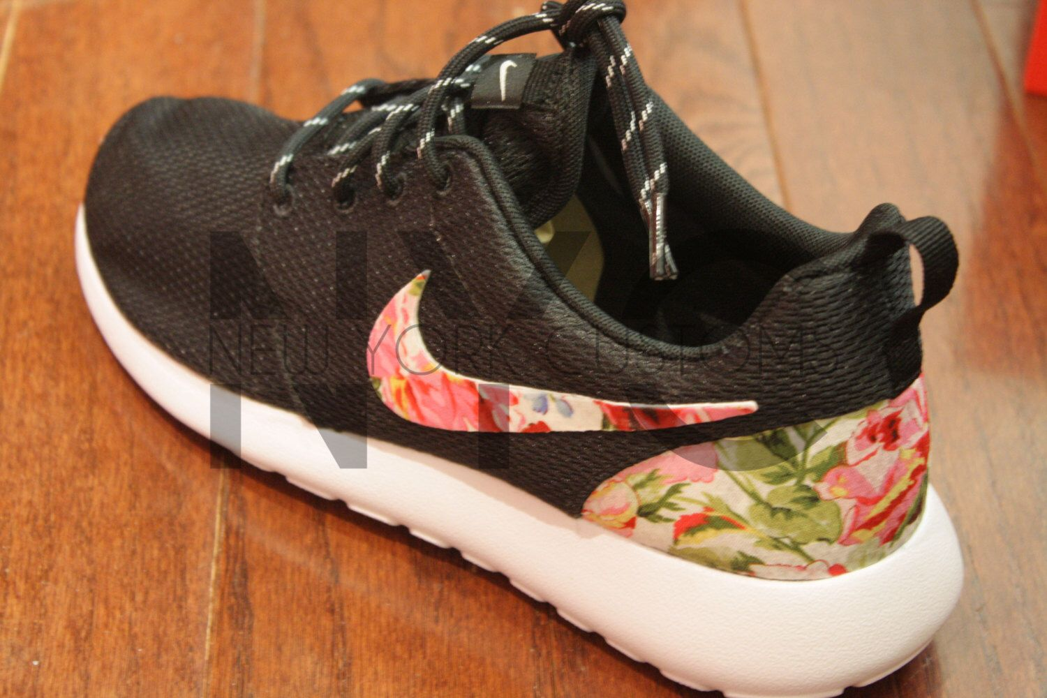 nike roshe with floral print