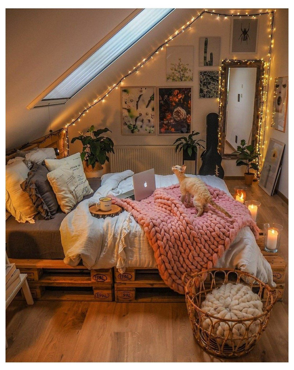 20 Cozy Bedroom Ideas For Fall Autumn Room Decor Warm Colour Palettes Earthy Tones Redecorate Bedroom Room Inspiration Bedroom Bedroom Inspiration Cozy