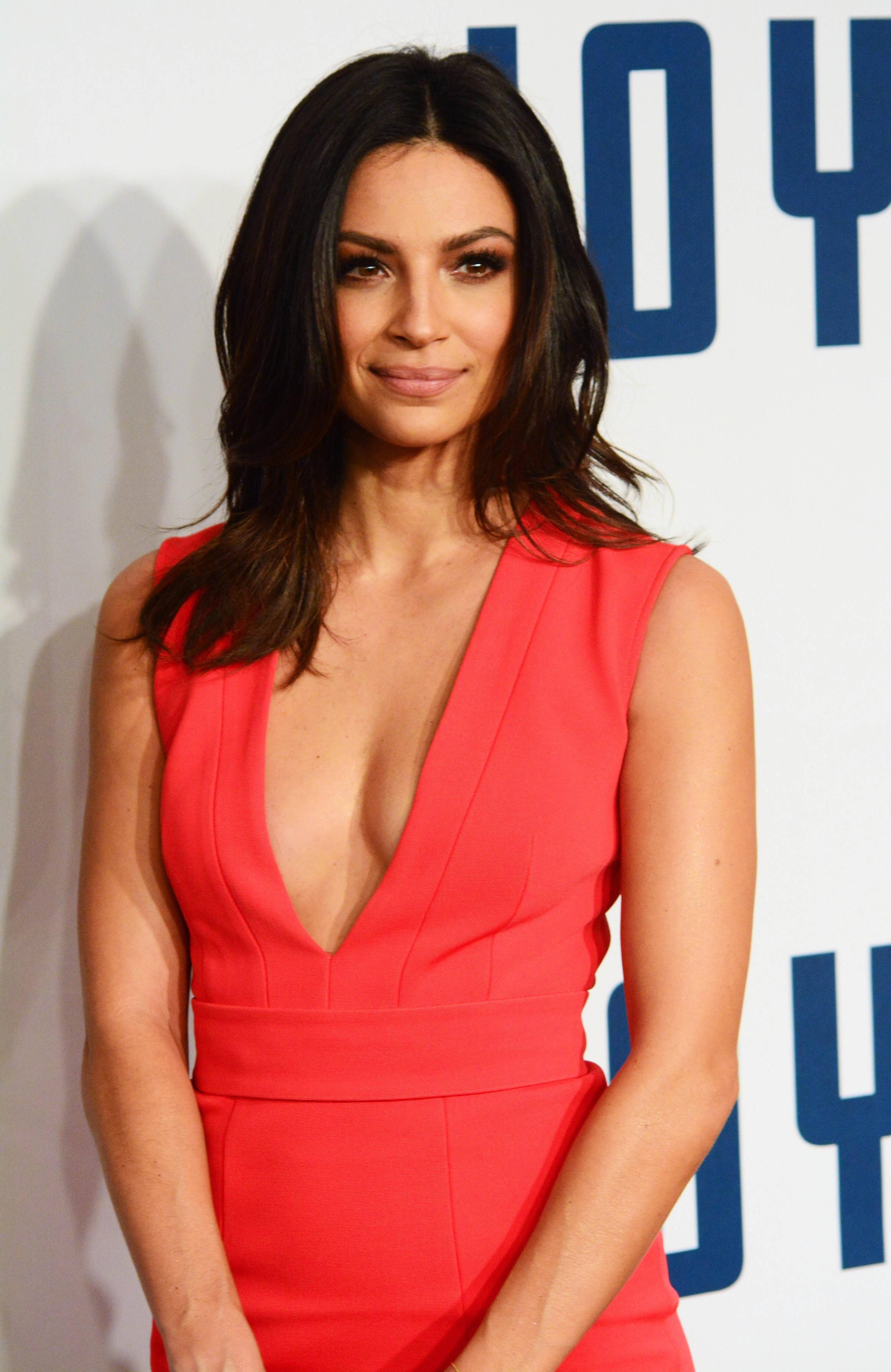 Pin By Kingofkings On Female Celebrities  Floriana Lima