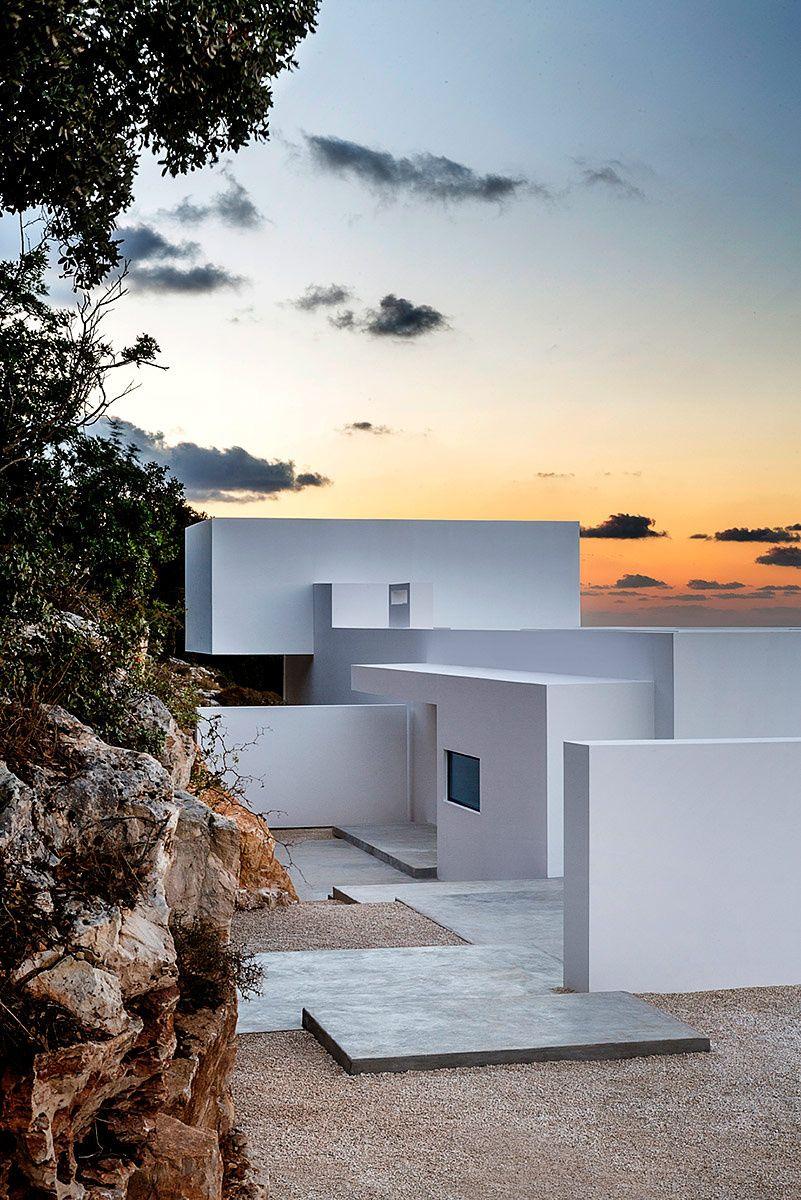 silver house en grecia greek island holidayshouse architecturemodern architecture designgreece - Greek Modern Home Architecture Design