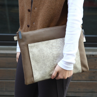 Ray Clutch Bag