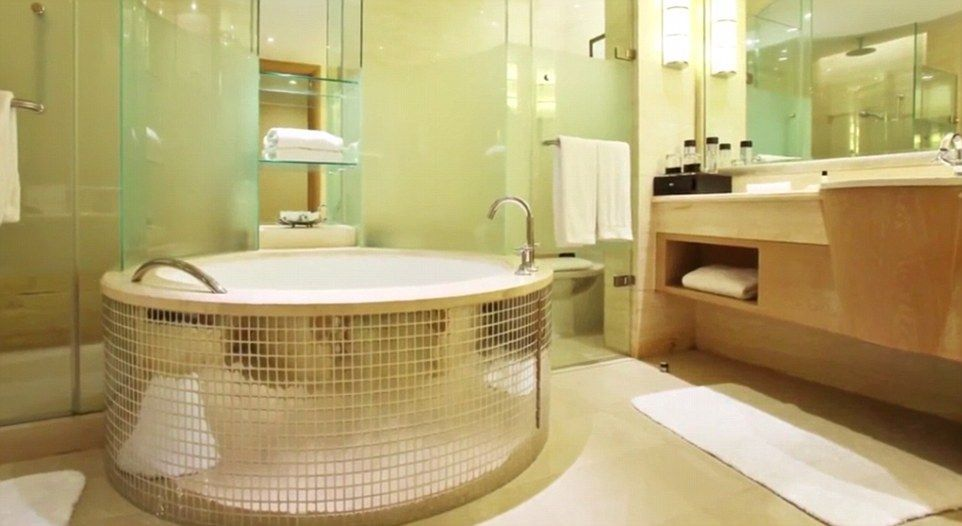 Pictured Is A Jacuzzi Bathtub Inside The Oppidum A Facility Claiming To Be The Largest European Home Decor Contemporary Bathroom Rugs Luxury Bathroom Vanity