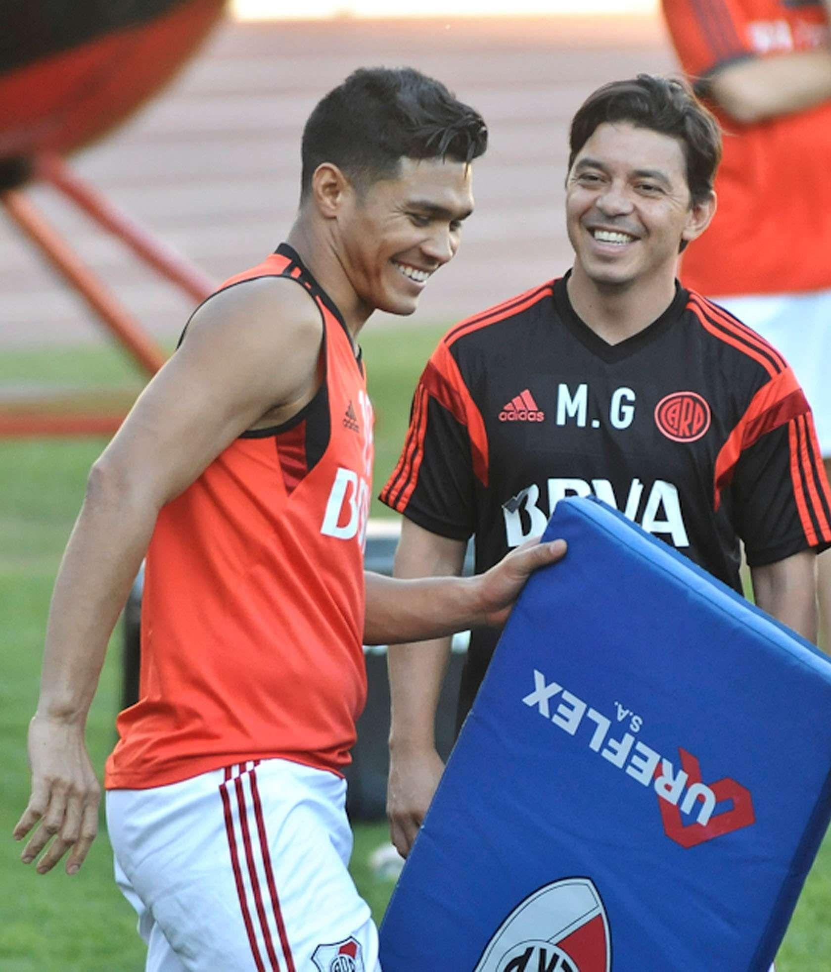 Teo Gutierrez y Marcelo Gallardo