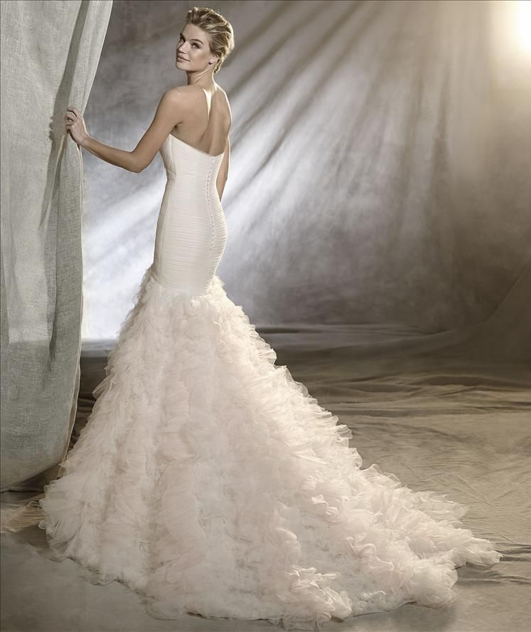 Pronovias Opal | Wedding Dress Ideas | Pinterest | Portal