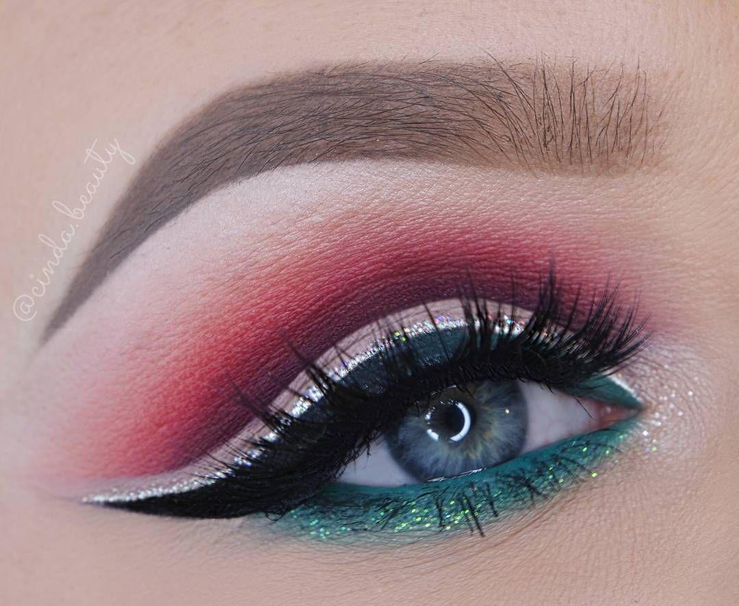 Stunning eye makeup