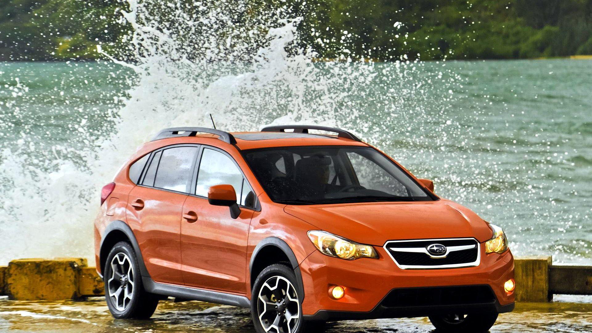 Subaru XV Crosstrek in orange subaruxv www.yourscars.eu