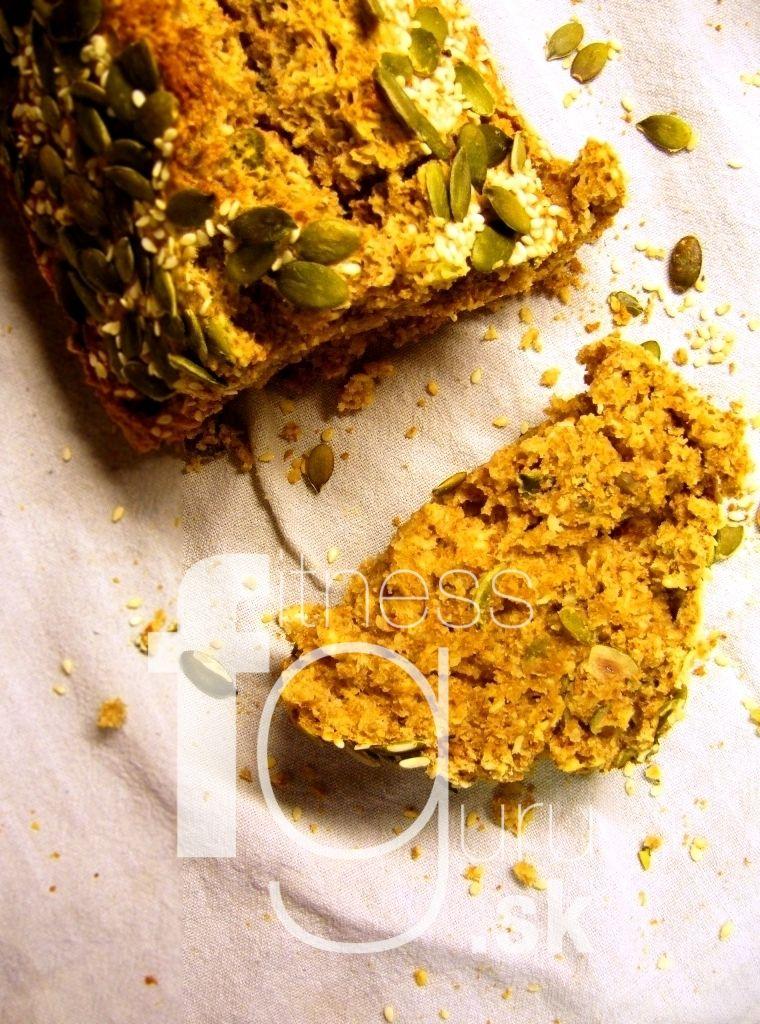 Celozrnný chlieb s tekvicovými semienkami