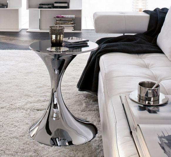 design couchtische beistelltisch metallglanz weißes ledersofa