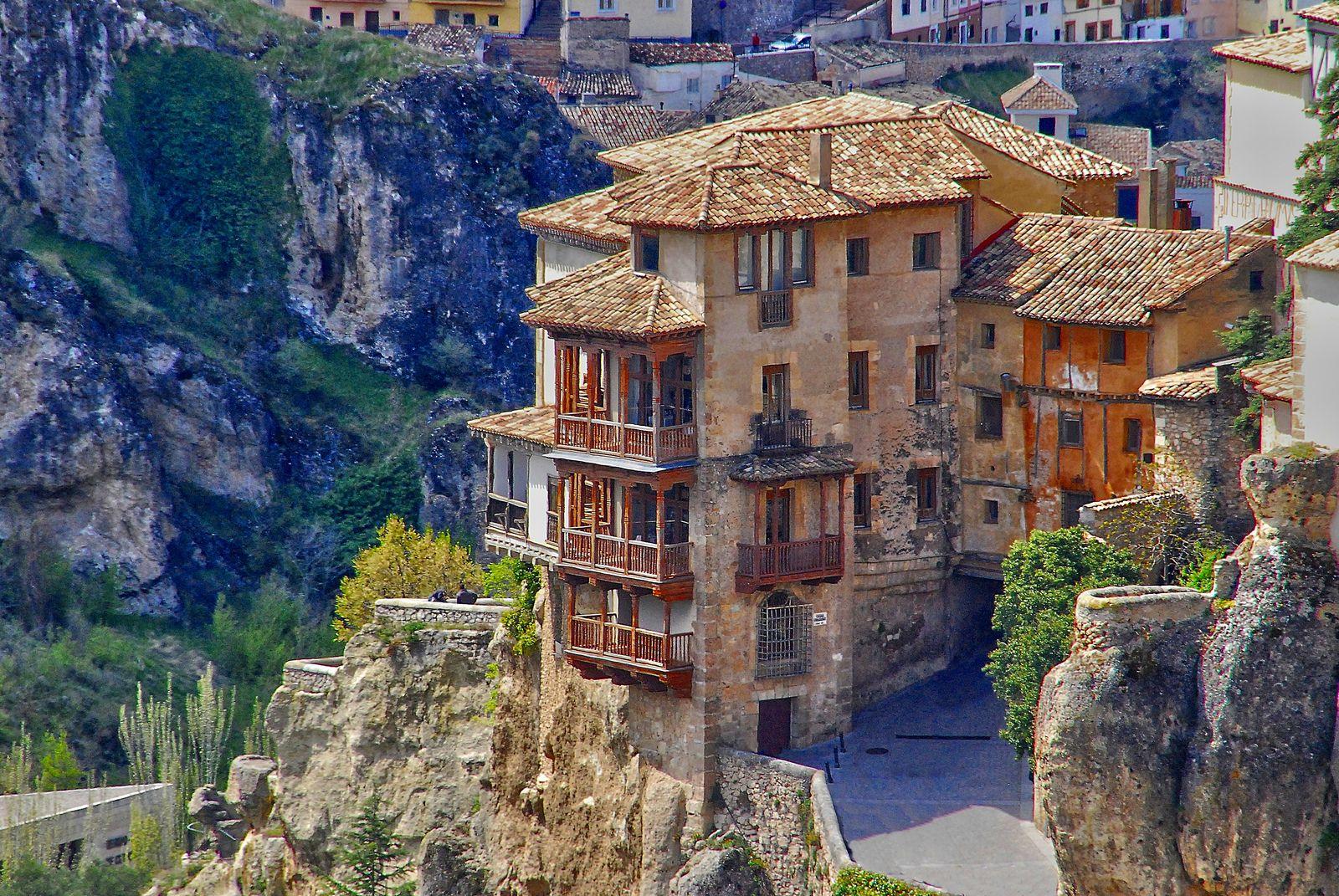 Casas Colgadas Cuenca Spain [2048 x 1371] via Classy