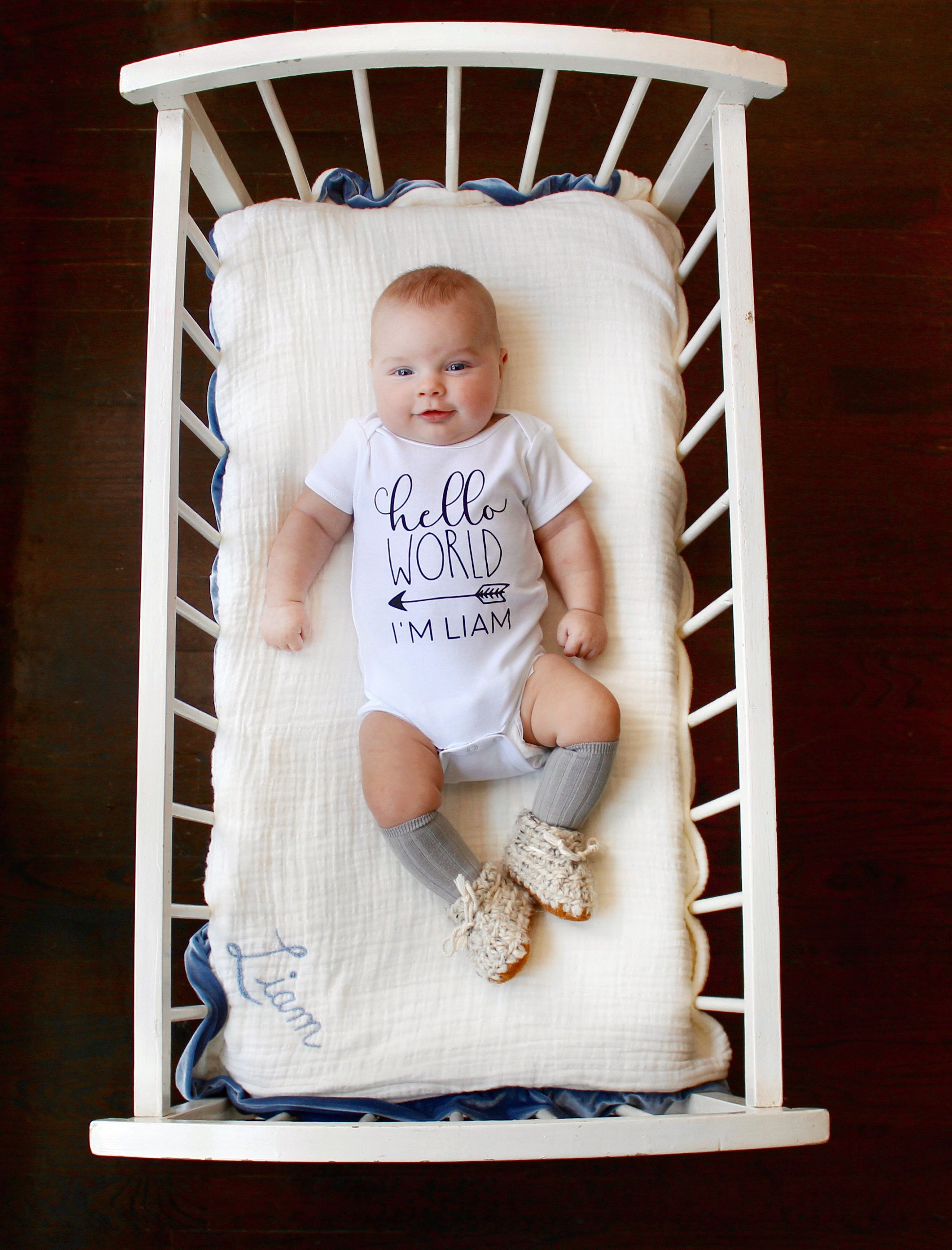 Hello World Personalized Newborn Bodysuit | Coming Home Outfit | Gift for New Baby | Baby Shower Gift #newbaby #helloworld #cominghomeoutfit #babyonesie #babyshowergift