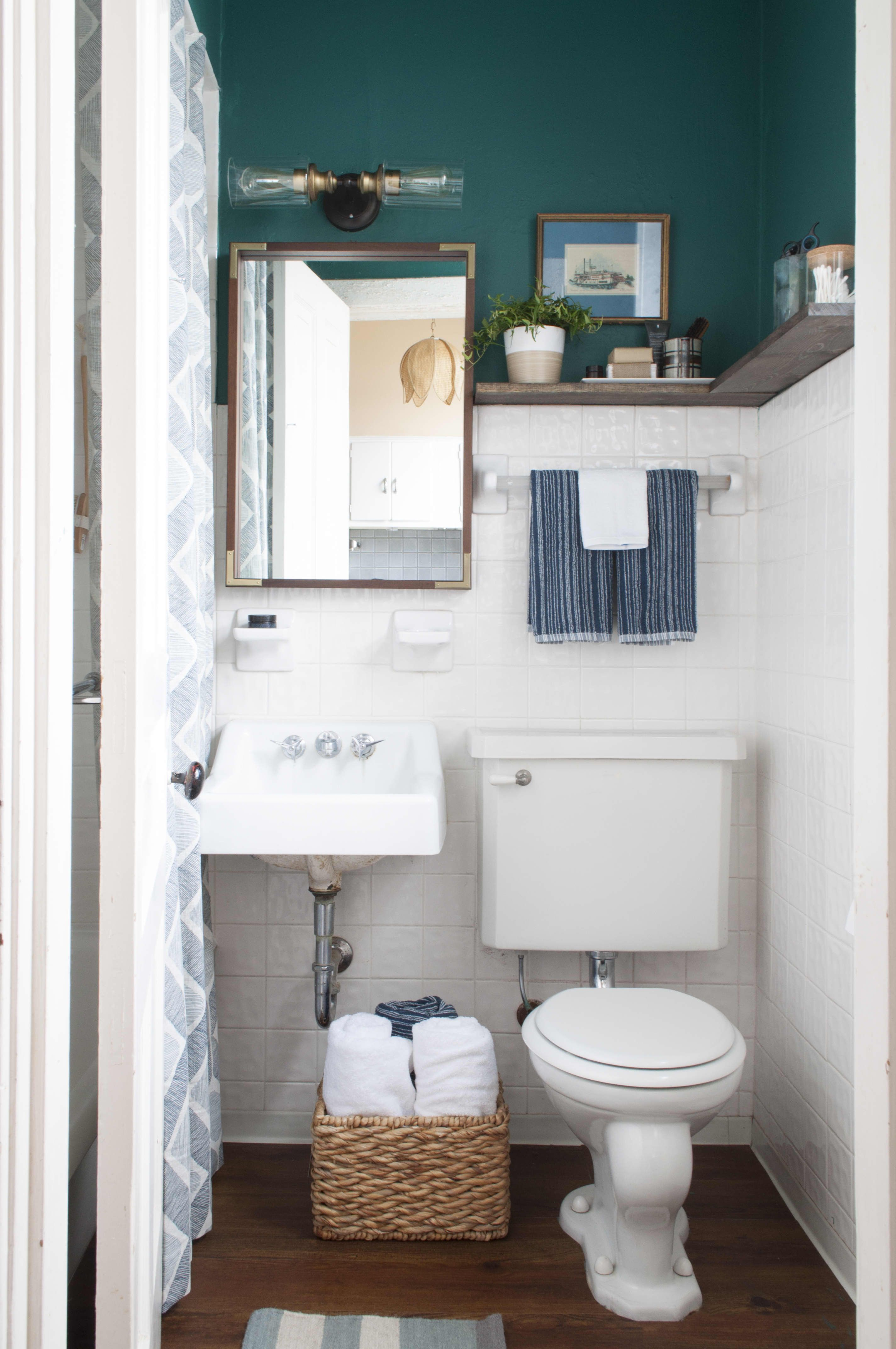 8 Stylish Solutions For Your Totally Icky Rental Bathroom Apartment Decorating Rental Rental Bathroom Makeover Bathroom Decor Apartment
