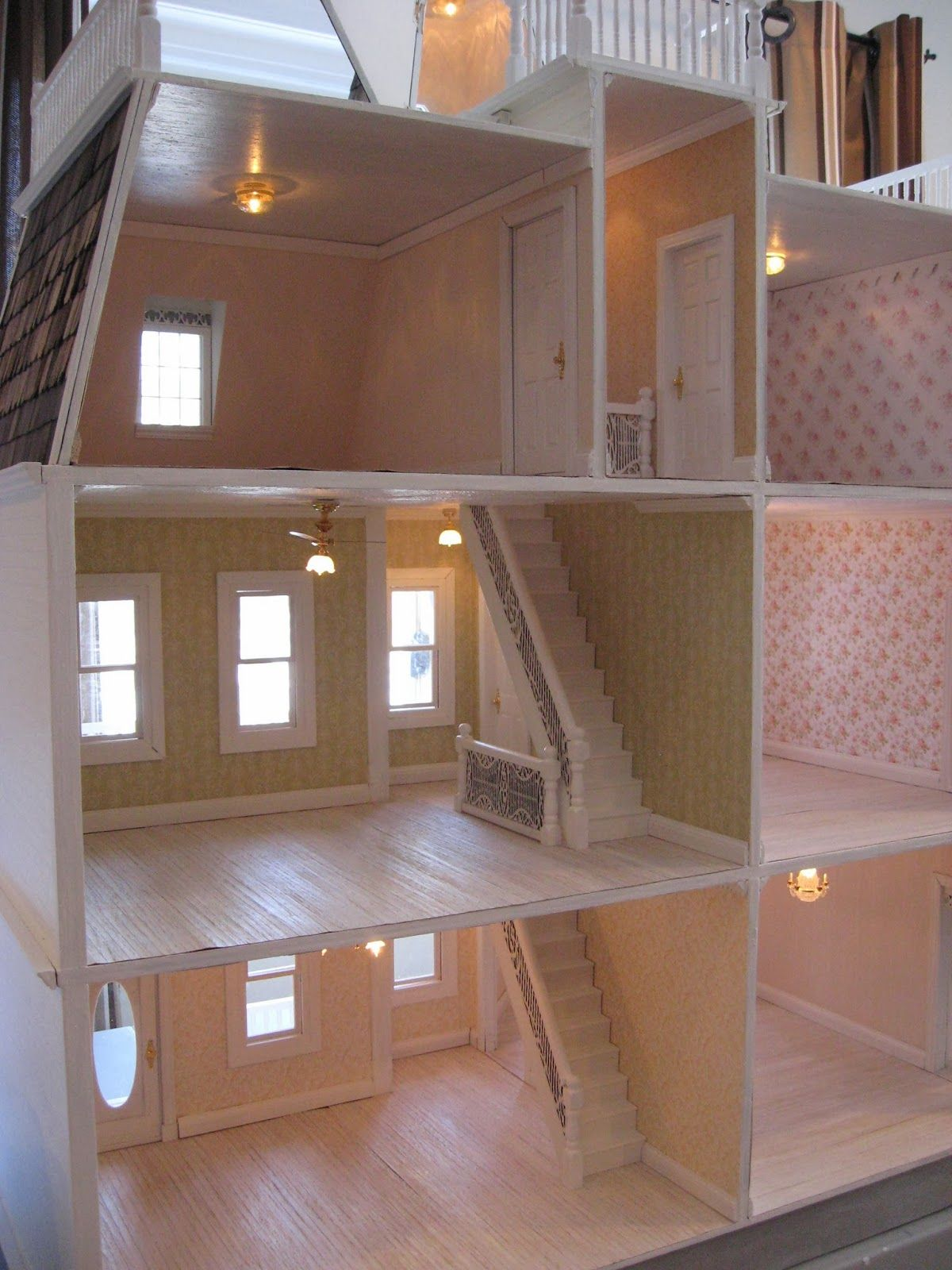 Little Darlings Dollhouses: Customized Newport Dollhouse with Addition #dollhouses