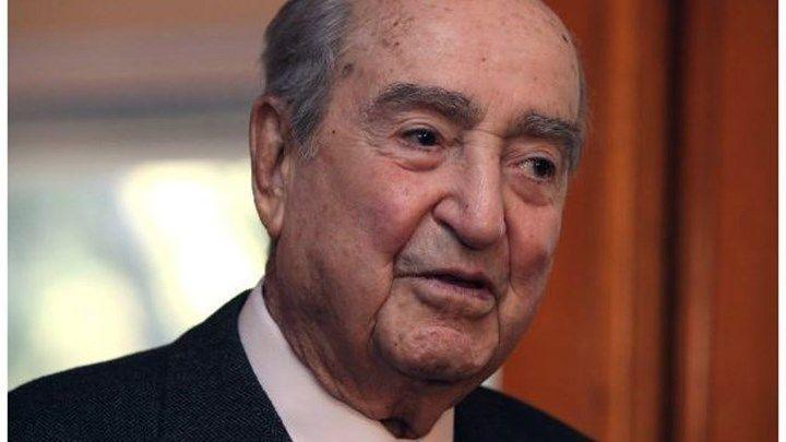 Με δημόσια δαπάνη και τιμές εν ενεργεία Πρωθυπουργού η κηδεία του Κωνσταντίνου Μητσοτάκη