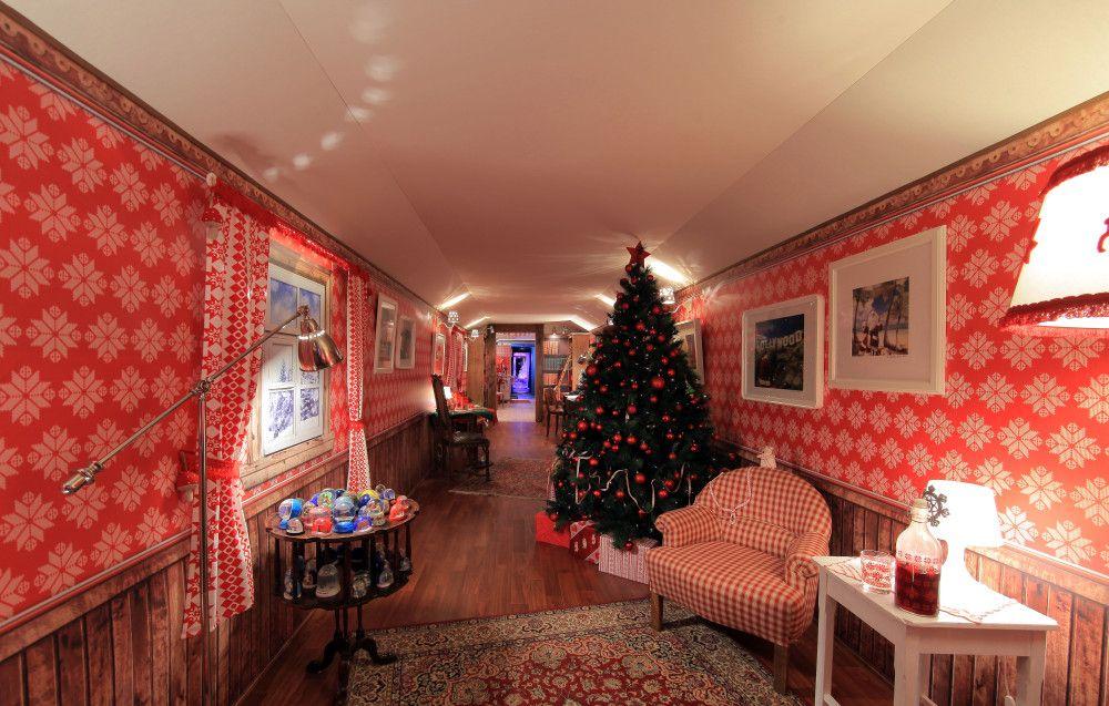 """""""La Maison du Père Noël"""" - Train de Noël 2011 ©DR"""