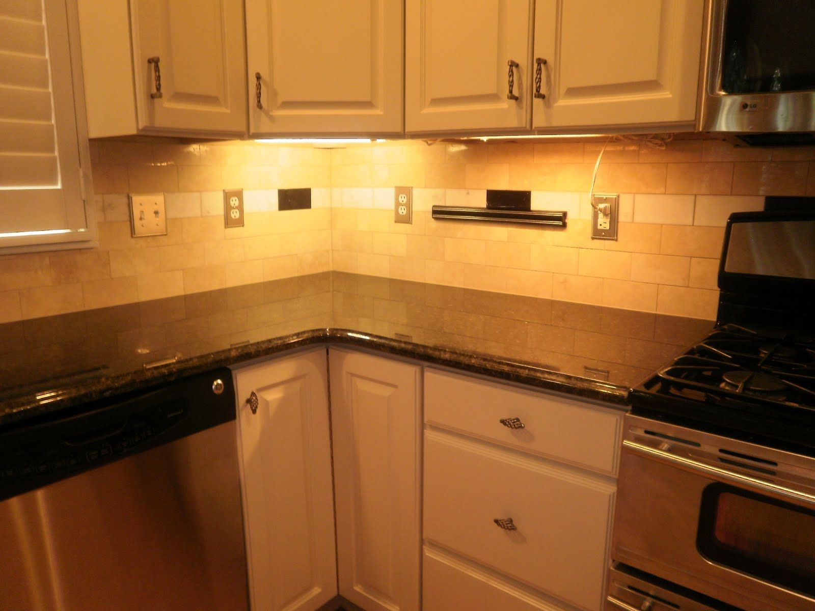 Uba Tuba Granite With White Cabinets Cardinale With