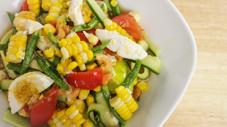 Corn & Cucumber Salad - Hot Thai Kitchen! I bet I would love this ...