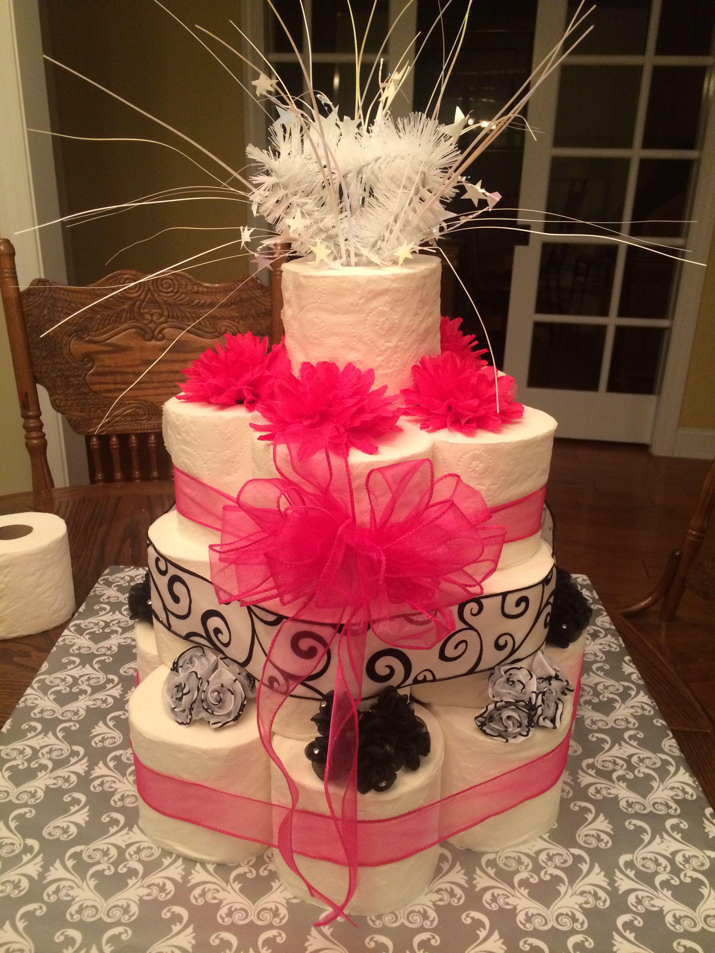 Toilettenpapier Kuchen