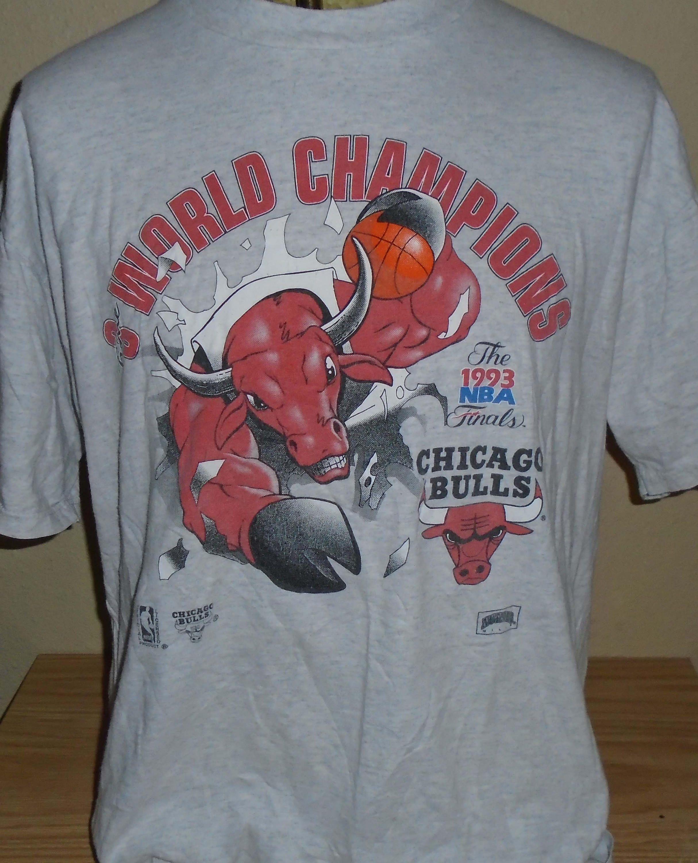 871a4c62ca8811 vintage 1993 Chicago Bulls basketball championship t shirt XL by  vintagerhino247 on Etsy