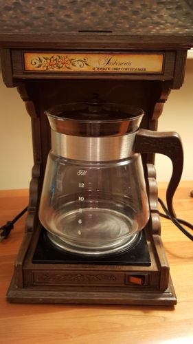 Some Serious Bicentennial Chic Here What Could Be More 1976 Than A Faux Woodgrain Coffeemaker Vintage Farberware Country Auto Drip 12 Cup