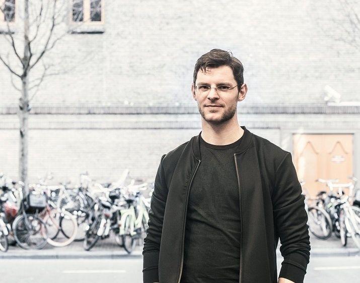Bijna een vijfde van de Nederlandse jongeren heeft een constante piep in de oren.