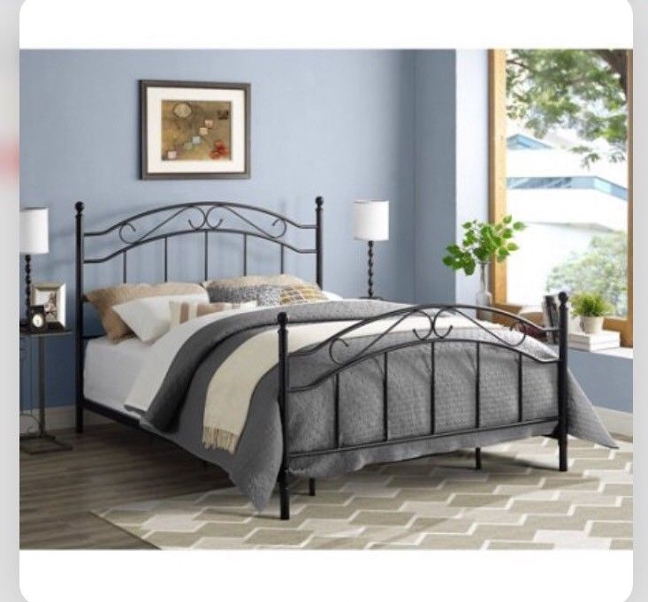 Queen Size Metal Bed Frame Headboard Footboard Contemporary Modern