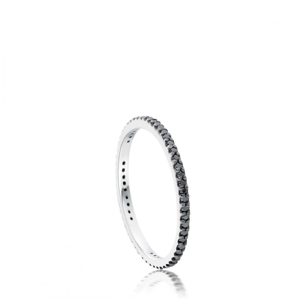 I want a black diamond wedding band!! It's a long story on why, but this is what I WANT!!
