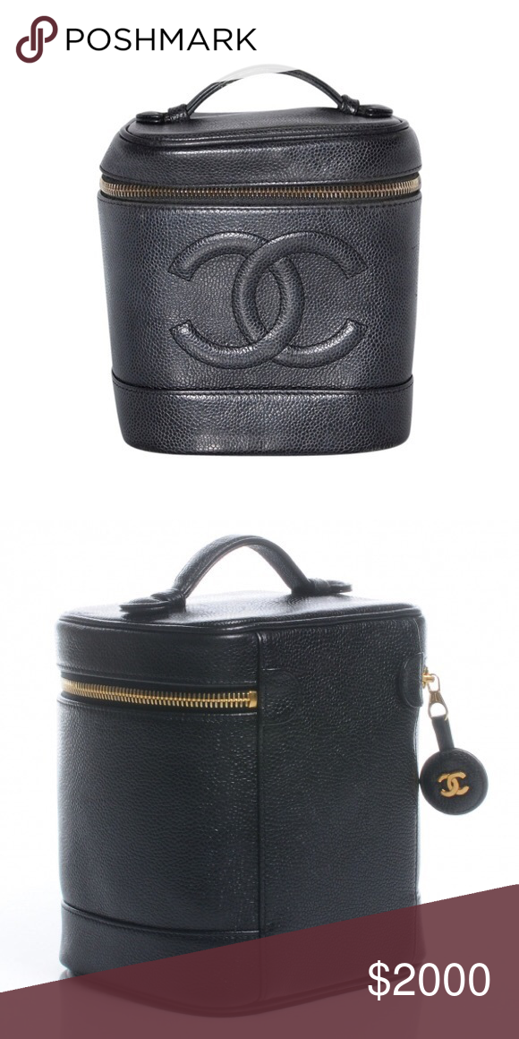 b157ffdd88e599 Like NEW Vintage CHANEL Caviar Vanity Bag! Boasting a pebbled leather  outer, the Chanel