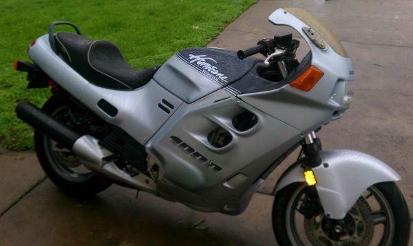 Honda 1000 CBR Hurricane - $600