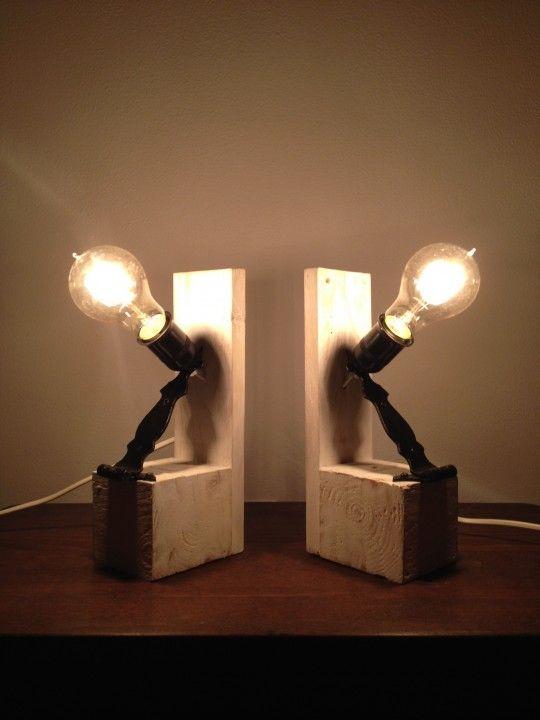 Dos lámparas de noche de palets | Lámpara de noche, Palets y Noche