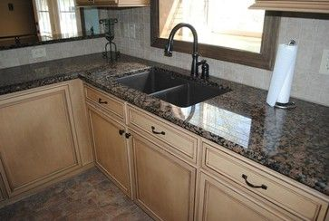 Best Baltic Brown Granite With Tile Backsplash Maple Cabinets 400 x 300